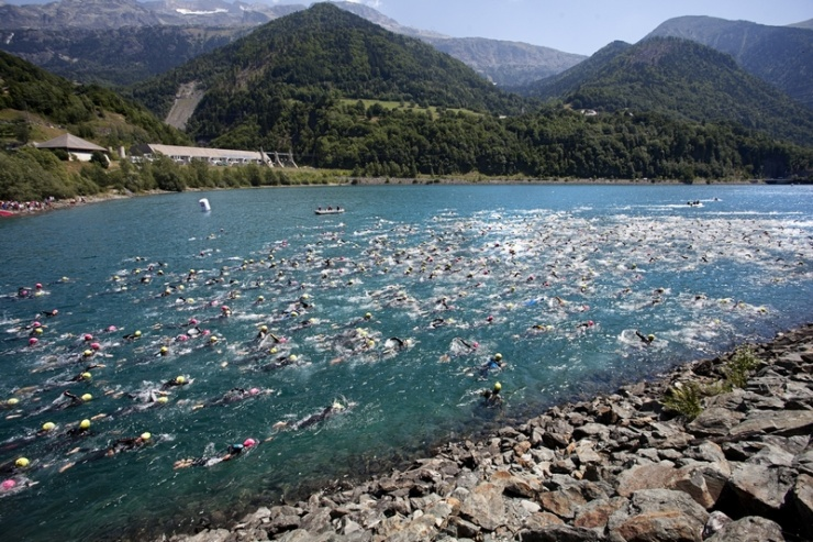 Triathlon EDF Alpe d'Huez : only 200 bibs left for the long distance race