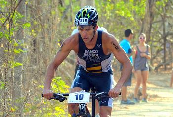 Chacon, Vanlandingham win XTERRA Costa Rica