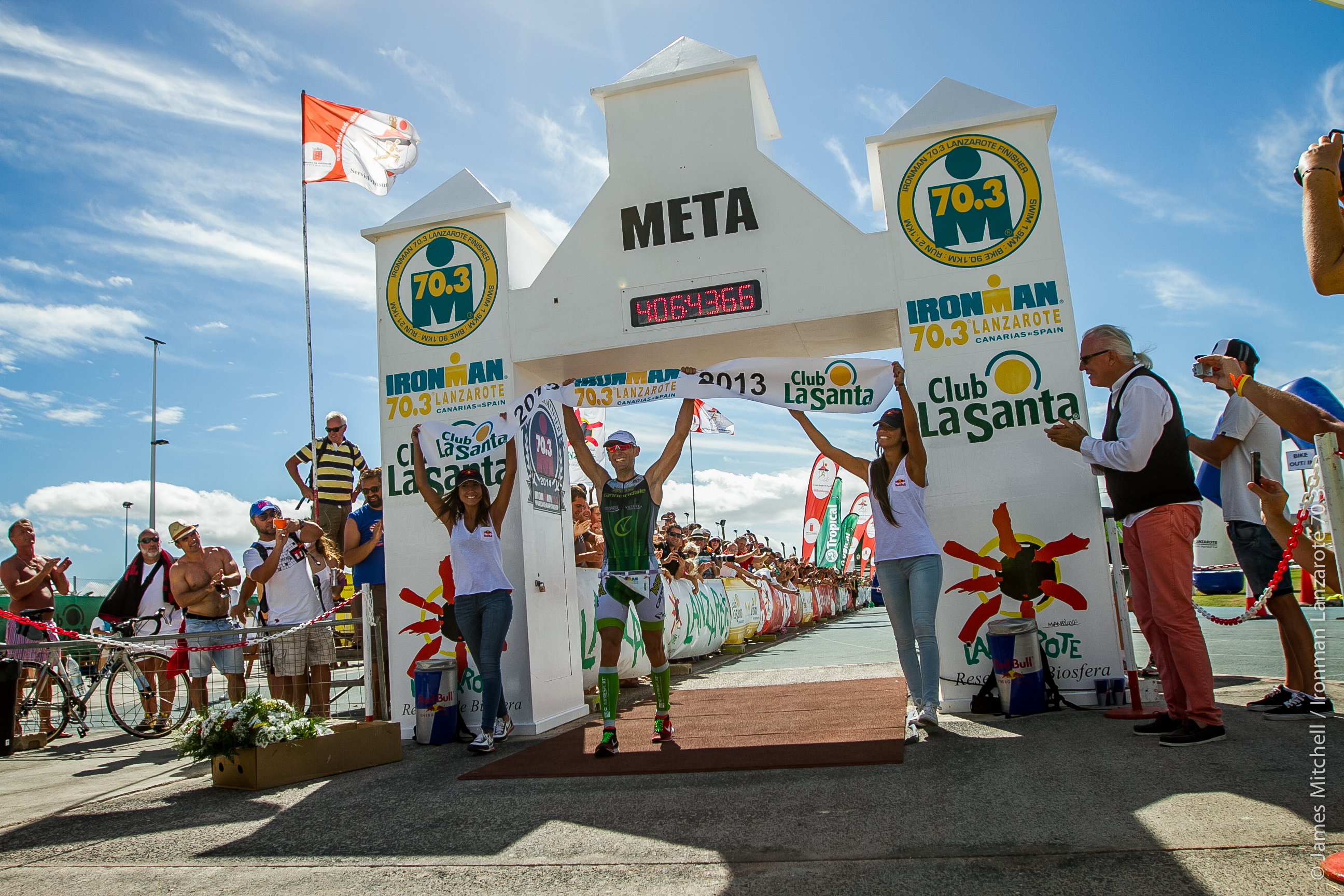 IRONMAN Lanzarote 2014 champions return in search of double island victory as Victor Del Corral seeks to defend his title.