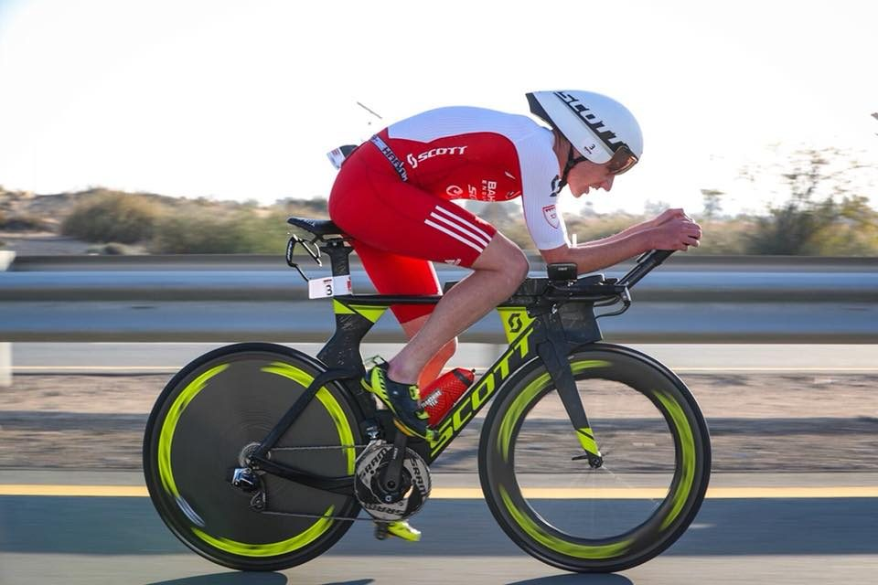 Haug, Brownlee dominate in Dubai