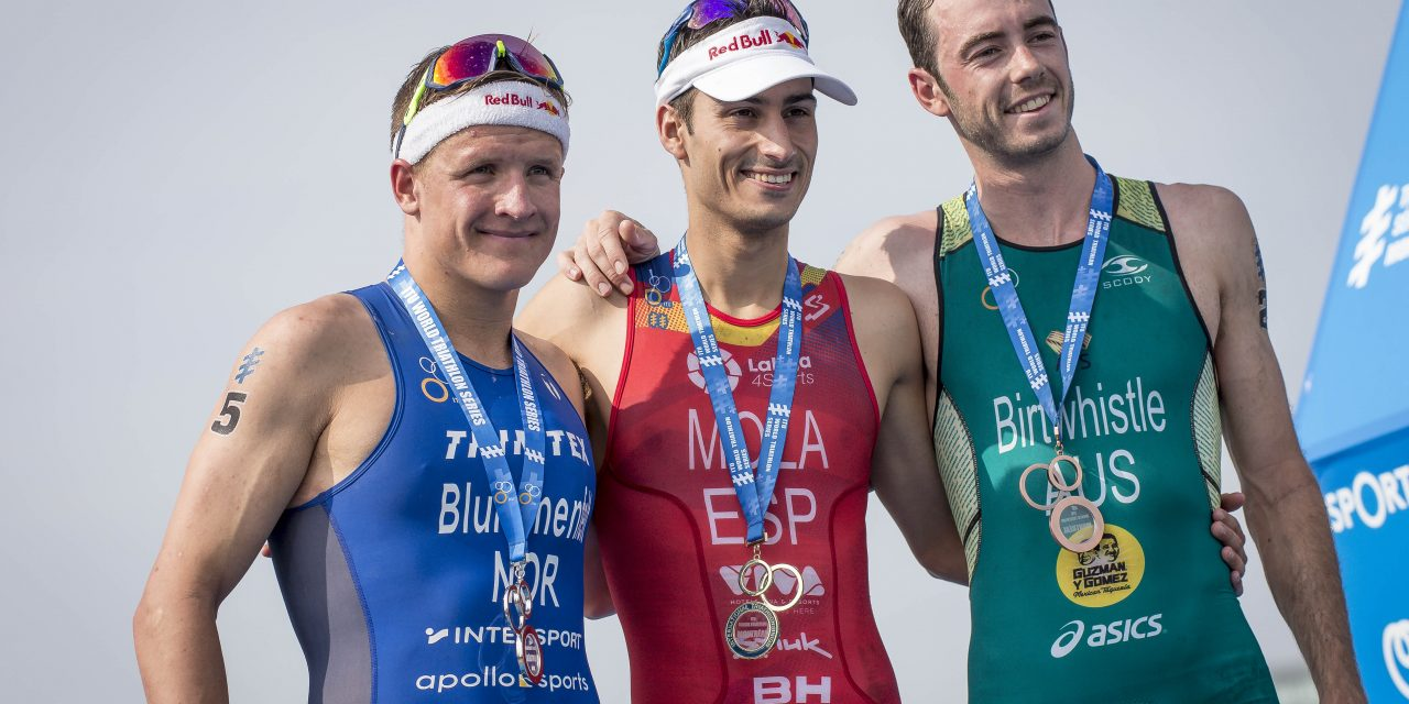 THE WORLD AIMS THE TRIATHLON LENS ON AUSTRALIA