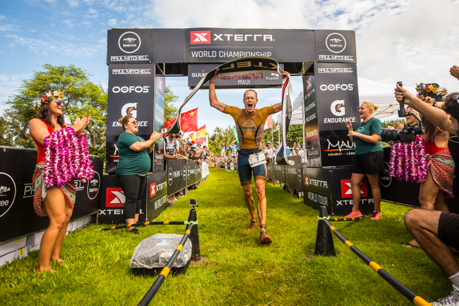 Akerson, Paterson win XTERRA Worlds